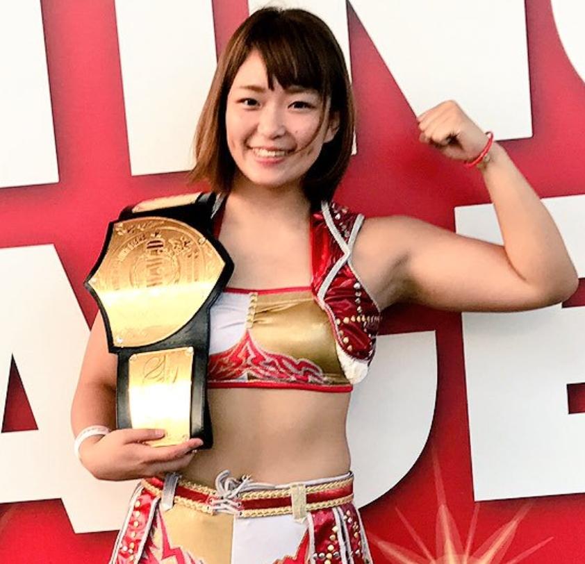 かわいい 女子 プロレスラー